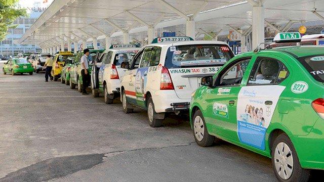 Với Quyết định 146 của Bộ giao thông, hàng vạn xe trong diện này sẽ phải dừng hoạt động hoặc chuyển sang hình thức kinh doanh taxi