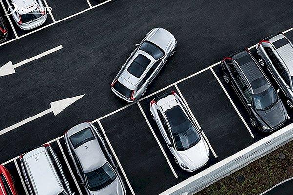 Dành cho lái mới: Những sai lầm khi cho xe lùi chuồng