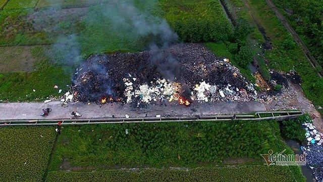 Đốt rác thải công nghiệp gây ô nhiễm tại Vĩnh Phúc