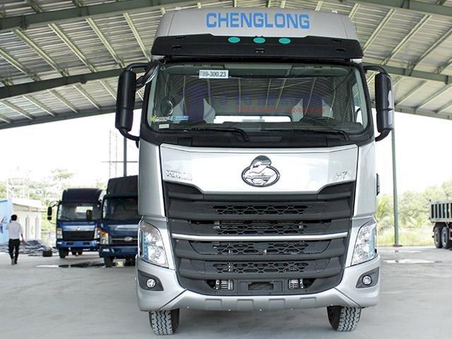 Đầu kéo Chenglong H7