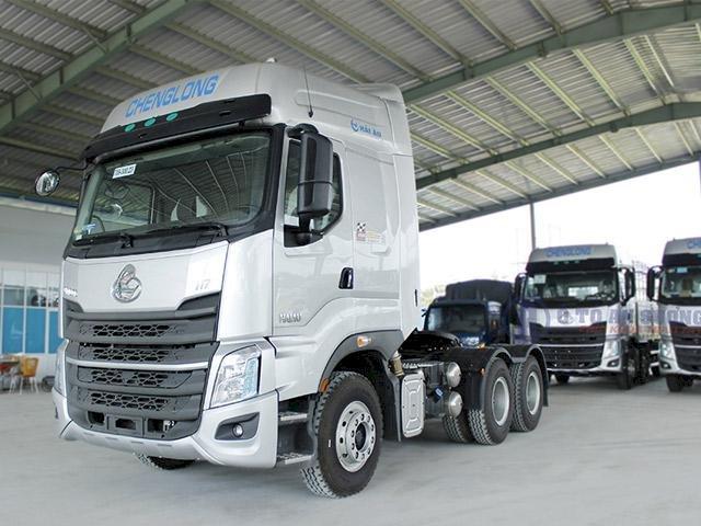 Giá xe đầu kéo Chenglong H7