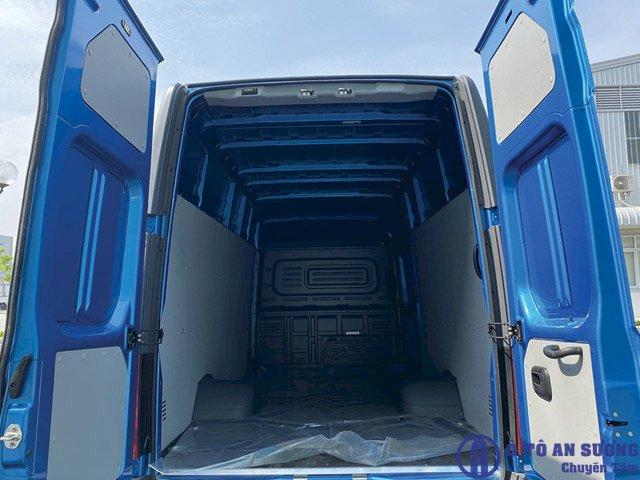 Xe tải van Gaz thùng hàng 13 khối