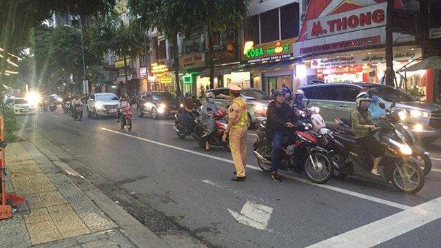 Quy tắc bất thành văn khi đi xe máy để tránh xung đột giao thông