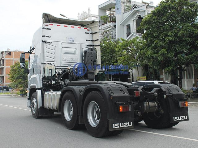 Đầu kéo Isuzu Giga 420 nhập khẩu