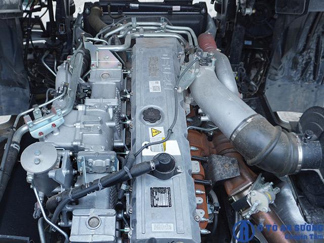 Động cơ 420HP đầu kéo Isuzu 2 cầu